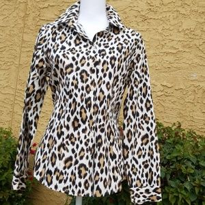 Chico  Beautiful animal print blouse
